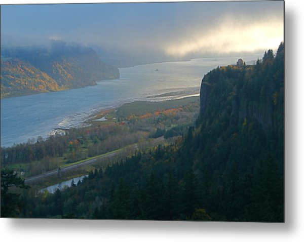 Vista House At Crown Point Metal Print