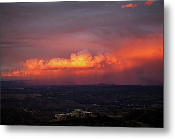 Vivid Verde Valley Sunset Metal Print
