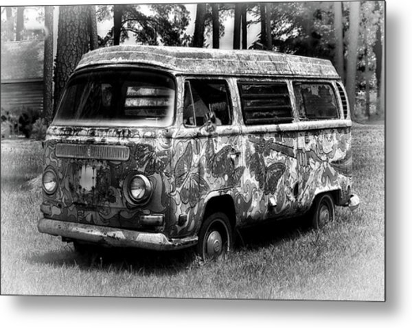 Metal Print featuring the photograph Volkswagen Microbus Nostalgia In Black And White by Bill Swartwout Fine Art Photography