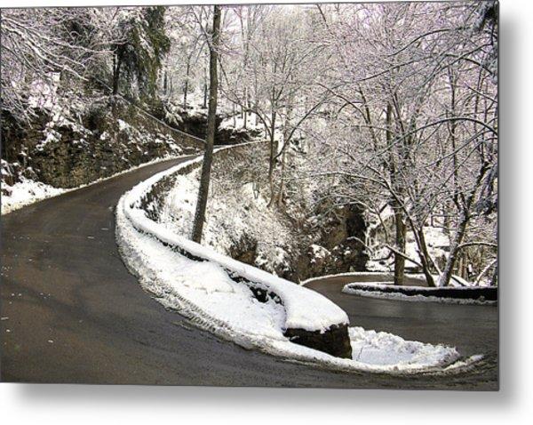 W Road In Winter Metal Print