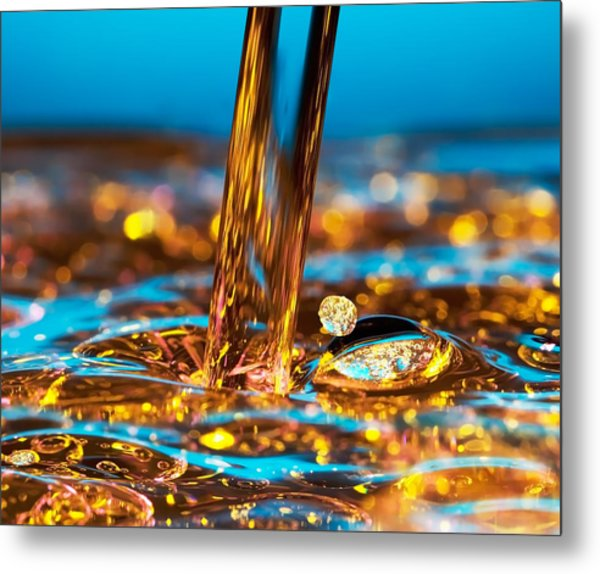 Water And Oil Metal Print