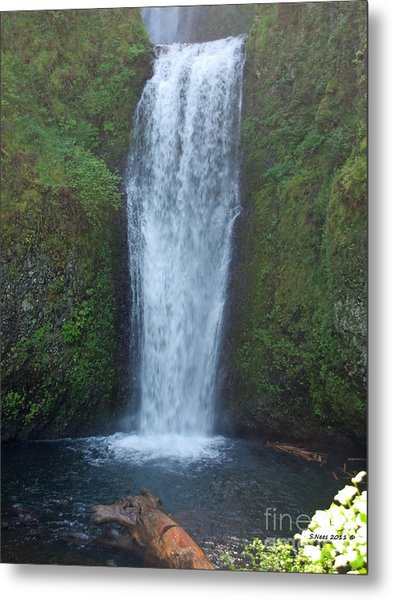 Water Fall Metal Print