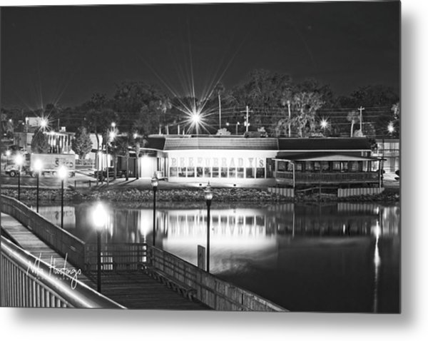 Waterfront Dining  Metal Print by Nita Hastings