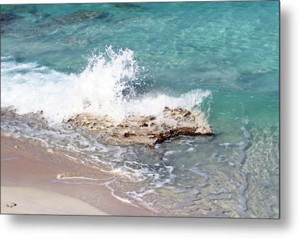Gentle Wave In Bimini Metal Print