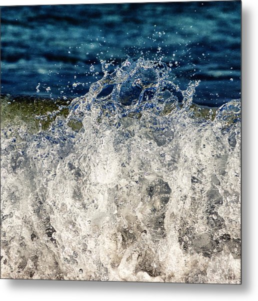 Wave4 Metal Print