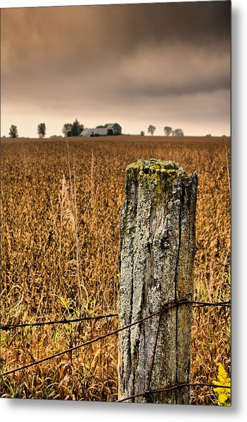 Weathered Wire..  Metal Print by Russell Styles