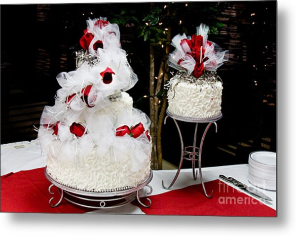 Wedding Cake And Red Roses Metal Print