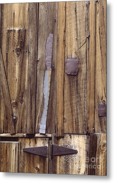 western rural abstract photography - One-Eyed Barn Door Metal Print
