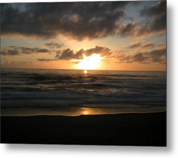 Where Sun And Ocean Meet Metal Print
