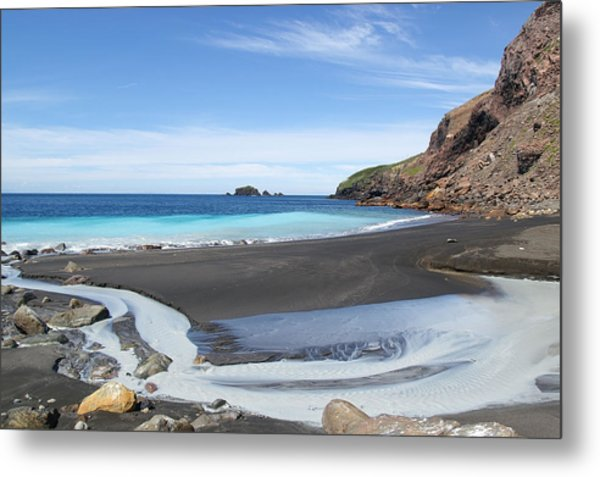 White Island In New Zealand Metal Print by Jessica Rose