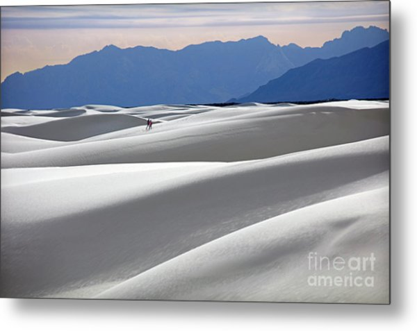 White Sands Hikers Metal Print