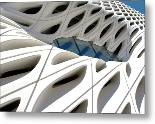 Metal Print featuring the photograph Window Pool At The Broad by Lorraine Devon Wilke