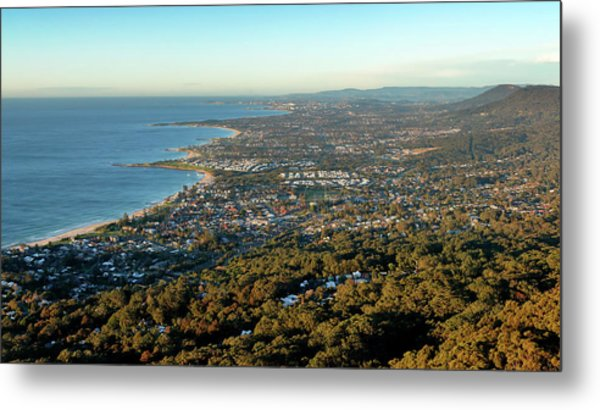 Metal Print featuring the photograph Wollongong by Nicholas Blackwell
