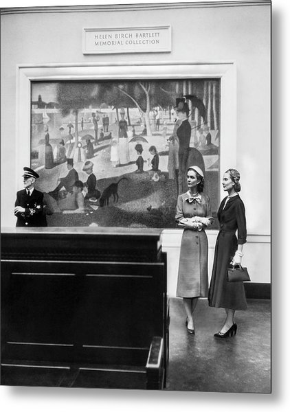 Women View Seurat Painting In Museum Metal Print by Horst P Horst