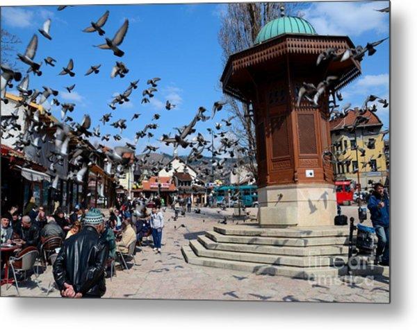 Wooden Ottoman Sebilj Water Fountain In Sarajevo Bascarsija Bosnia Metal Print