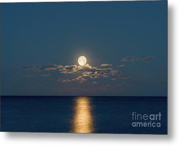 Worm Moon Over The Atlantic Metal Print