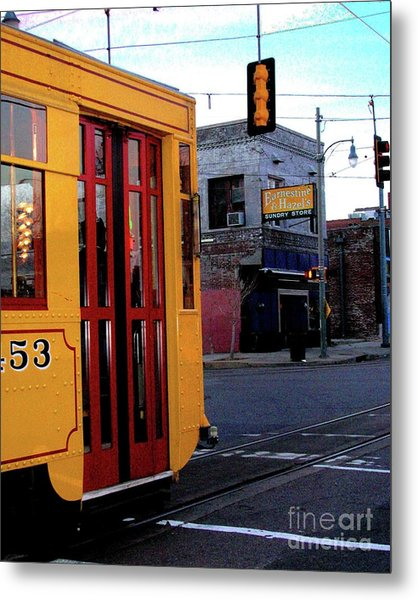 Yellow Trolley At Earnestine And Hazels Metal Print