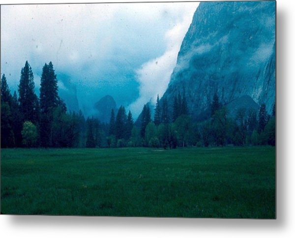 Yosemite Clouds II Metal Print by Chris Gudger