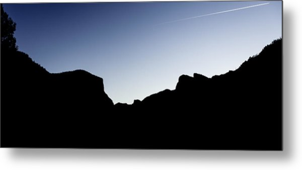 Yosemite In Silhouette Metal Print