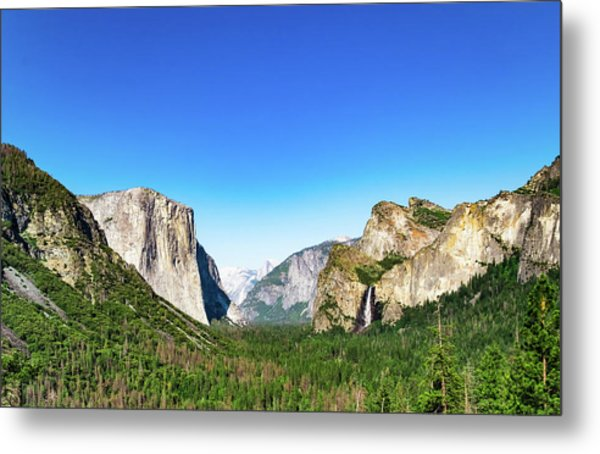 Yosemite Valley- Metal Print