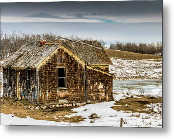 Abondened Old Farm Houese And Estates Dot The Prairie Landscape, Metal Print