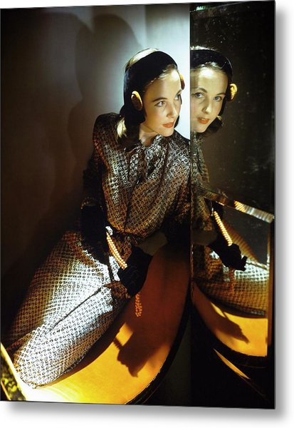 Model In B.h. Wragge Metal Print by Horst P. Horst