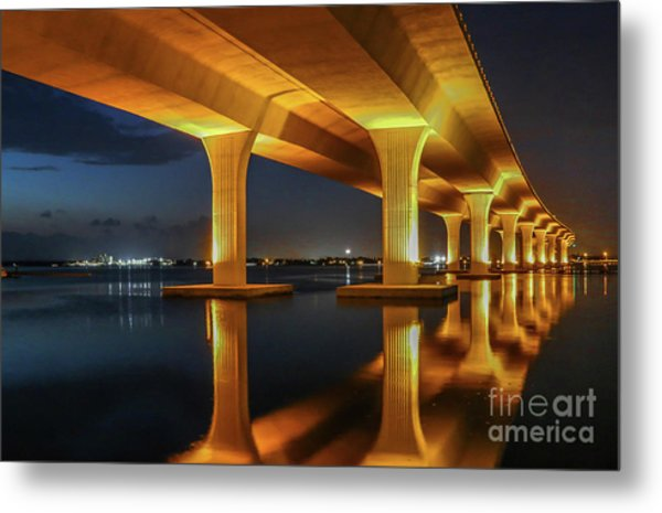 Metal Print featuring the photograph Roosevelt Reflection by Tom Claud