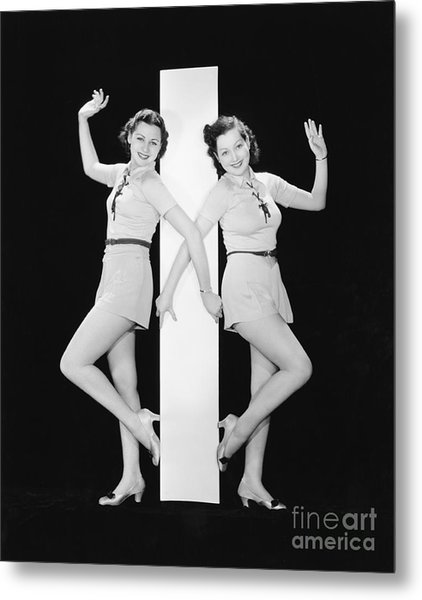 Women Posing With Big Letter I Metal Print by Everett Collection