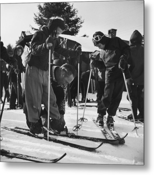 New England Skiing Metal Print by Slim Aarons
