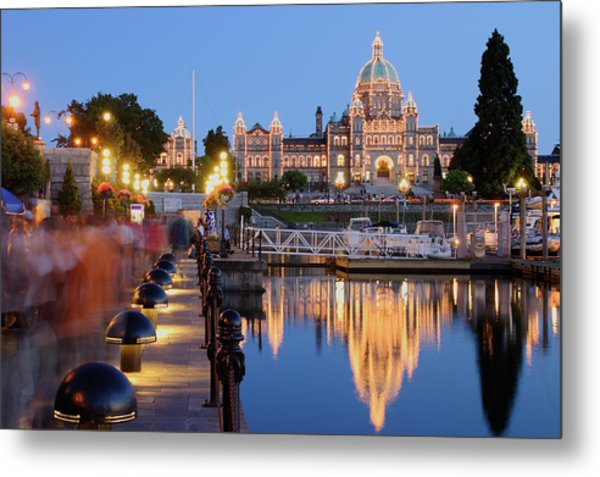 Victoria At Night Metal Print by S. Greg Panosian