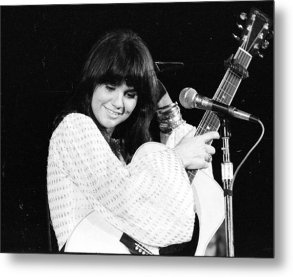 Photo Of Linda Ronstadt Metal Print