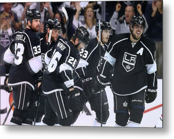 Chicago Blackhawks V Los Angeles Kings Metal Print by Jeff Gross