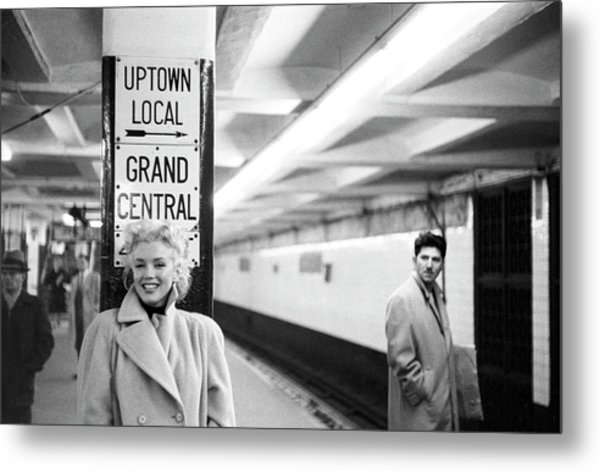 Marilyn In Grand Central Station Metal Print