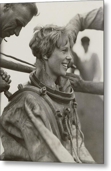Amelia Earhart, American Aviatrix Metal Print by Science Source