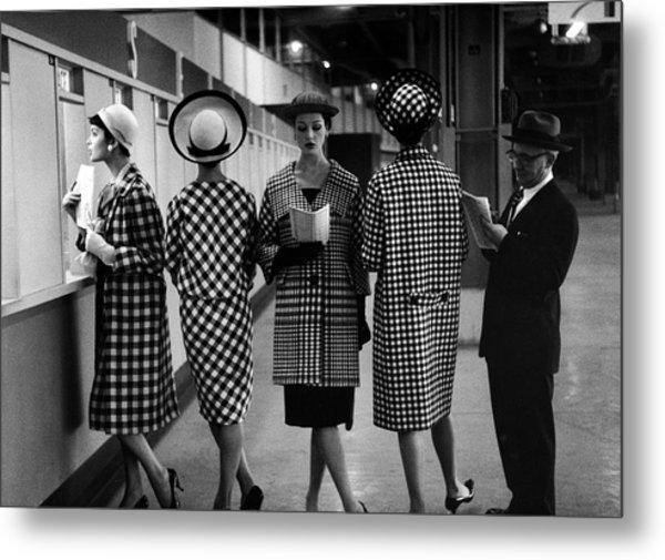 5 Models Wearing Fashionable Dress Metal Print