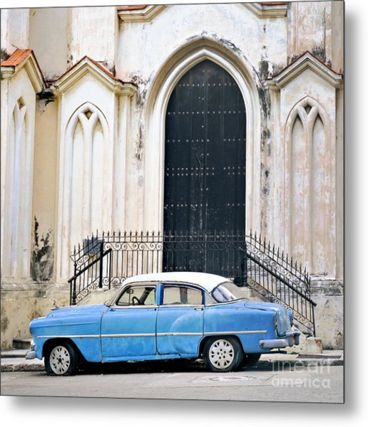 A View Of Classic American Old Car Metal Print by Roxana Gonzalez