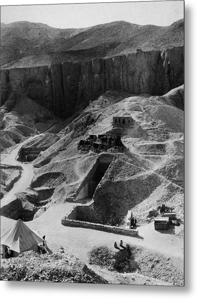 Aerial Of Valley Of The Kings Metal Print by Hulton Archive
