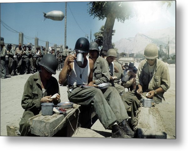 Allied Invasion Of Sicily During Wwii Metal Print by Michael Ochs Archives
