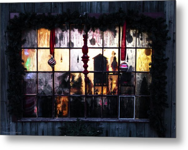 Metal Print featuring the photograph Ambiance Of Christmas  by Expressive Landscapes Fine Art Photography by Thom