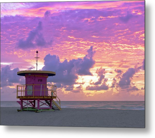 Art Deco Style Lifeguard Station At Metal Print by Cosmo Condina