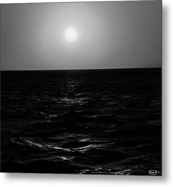 Aruba Sunset In Black And White Metal Print