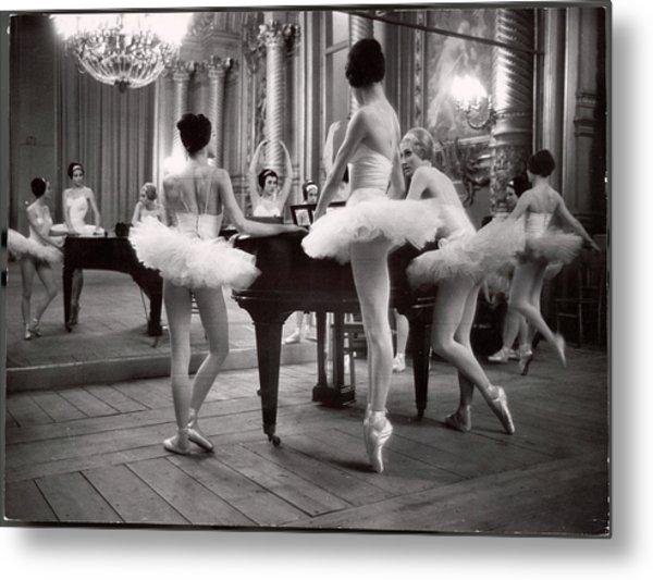 Ballerinas At The Paris Opera Doing Metal Print