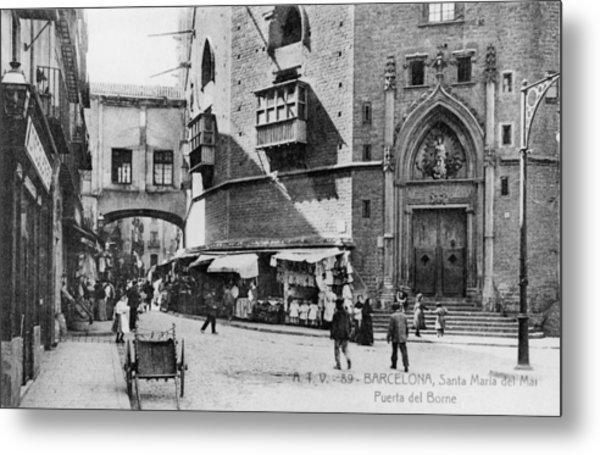Barcelona Street Scene Metal Print by Hulton Archive