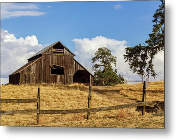 Barn With Fence In Foreground Metal Print