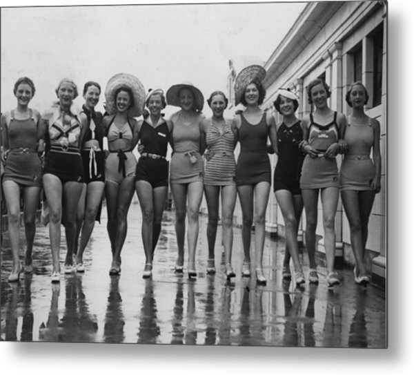 Bathers Old And New Metal Print