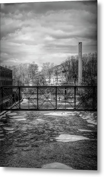 Bridge Over The Sugar River Metal Print