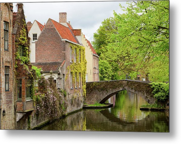 Bruges Footbridge Over Canal Metal Print
