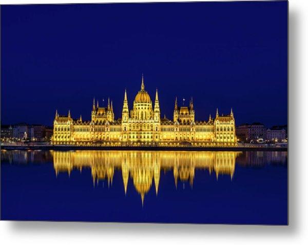 Budapest Reflections Metal Print