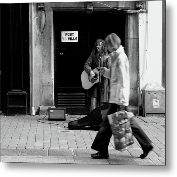 Metal Print featuring the photograph Busker by Edward Lee