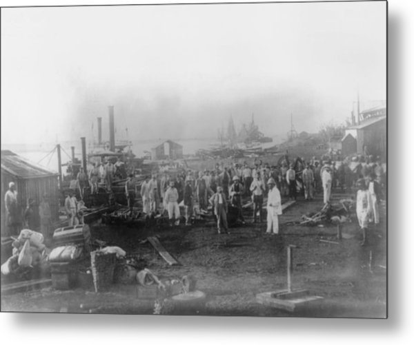 Canal Workers Metal Print by General Photographic Agency